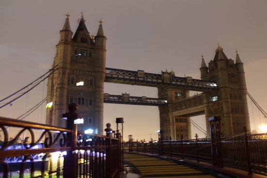 london-bridge-china-8