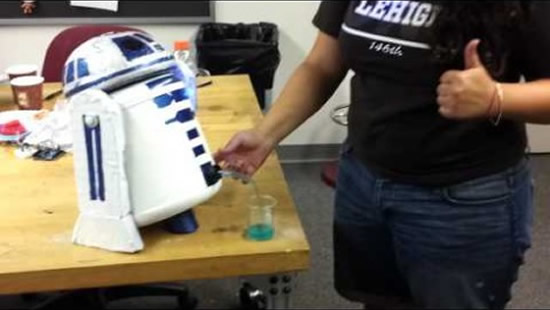 r2d2-drink-dispenser-1