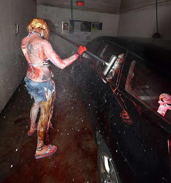 zombies-washing-car-5