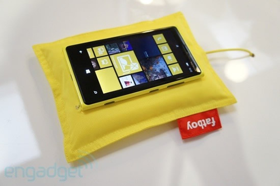 nokia-wireless-charging-1