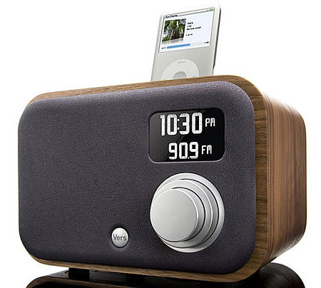 vers 1 5r alarm clock radio with ipod dock. Black Bedroom Furniture Sets. Home Design Ideas