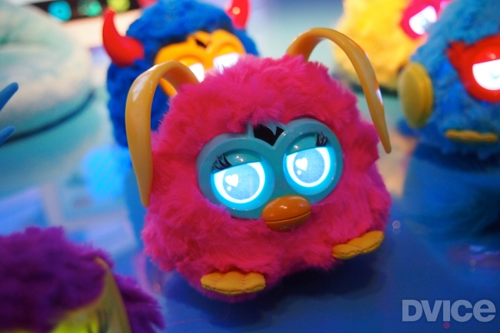 furby-party-rockers-1
