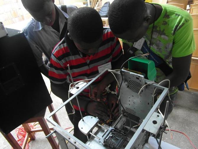 3d-printer-e-waste-3