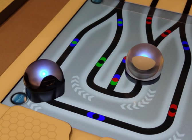 CES 2014: Ozobot toy robots follow lines, respond to flashes