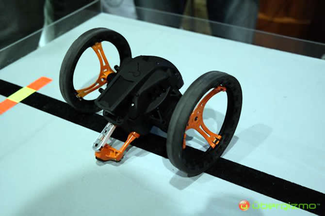 parrot-jumping-sumo-3