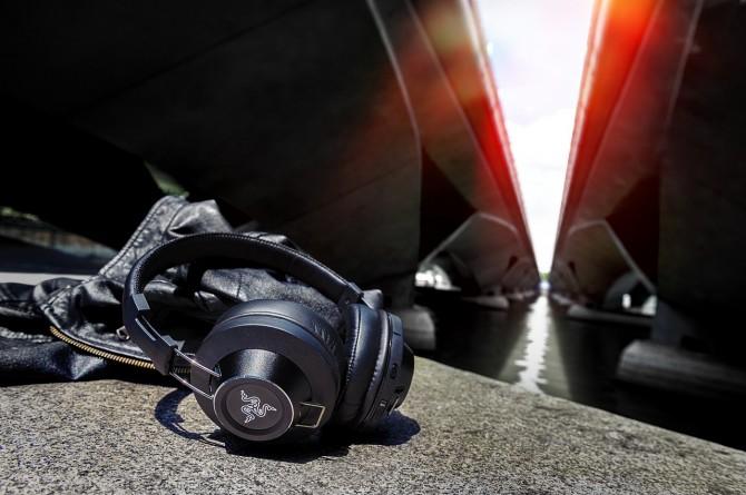 razer-adaro-series-headphones-2
