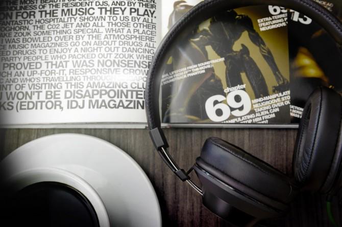razer-adaro-series-headphones-3