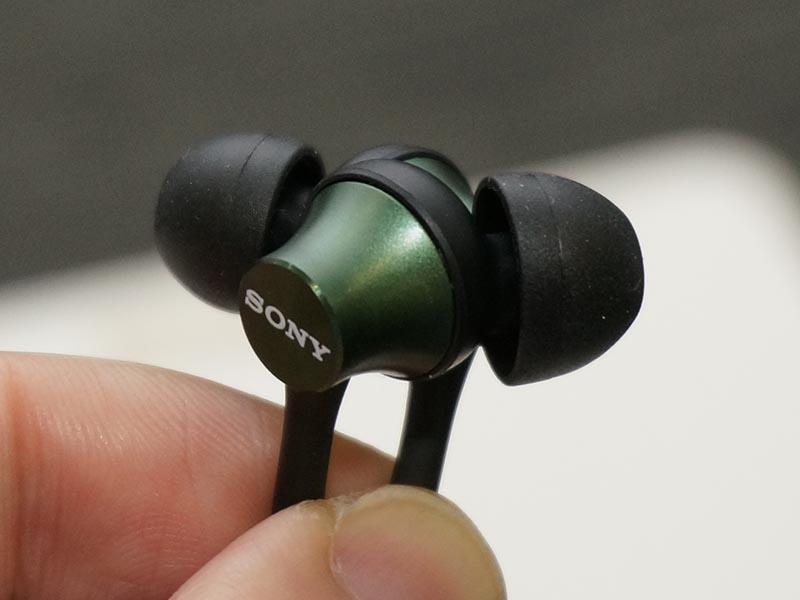 sony-mdr-ex650ex450-headphones-2