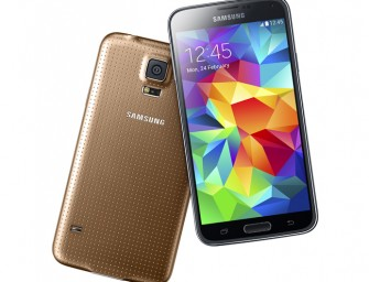 Samsung Galaxy S5 goes official, sports a finger-print reader and re-designed rear panel