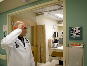 Doctors testing Google Glass to transform the way they attend patients