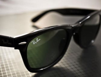Rayban makers and Oakley join hands with Google to develop Google Glass eyewear