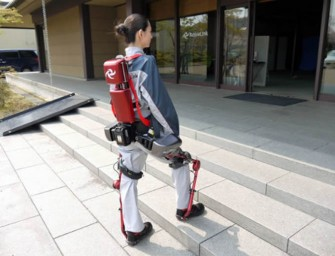 ActiveLink Power Loader Ninja exoskeleton will help disabled walk again