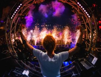 Thalmic Labs brings gesture-controlled armbands to DJ Armin Van Buuren gigs