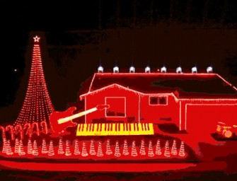 Star Wars Christmas light show is epic!