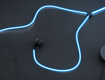 Glow Android headphones bring laser lights to your ears