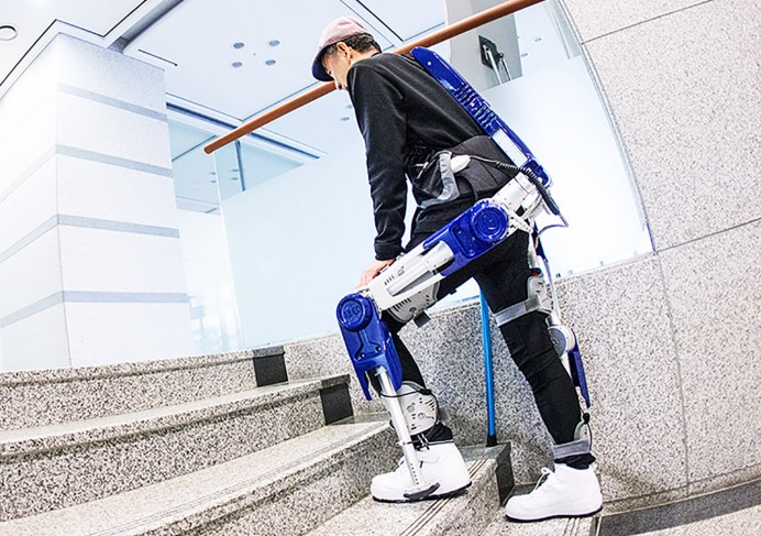 hyundai-wearable-robot-1