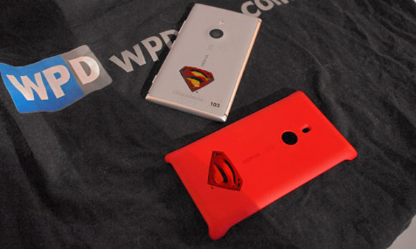 lumia-superman-edition-2