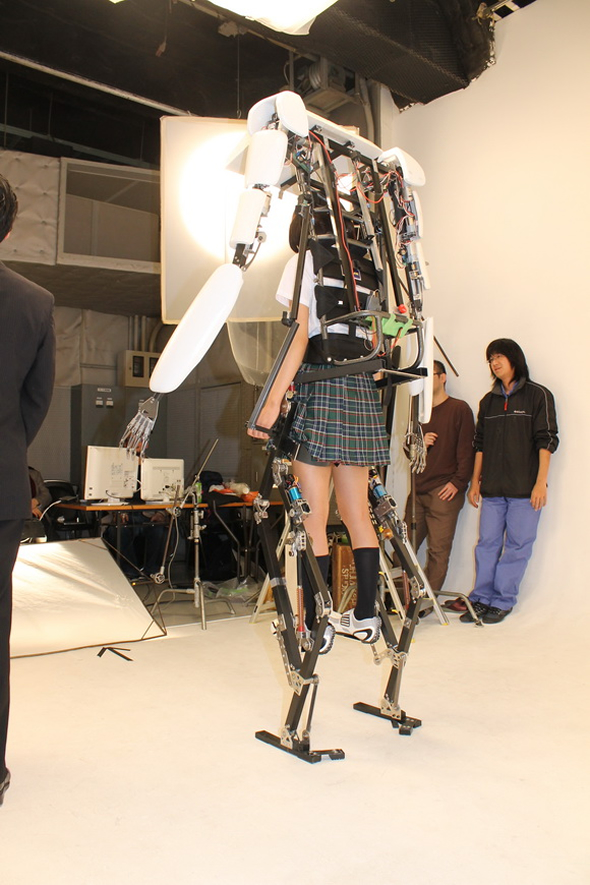 exoskeleton-suit-5