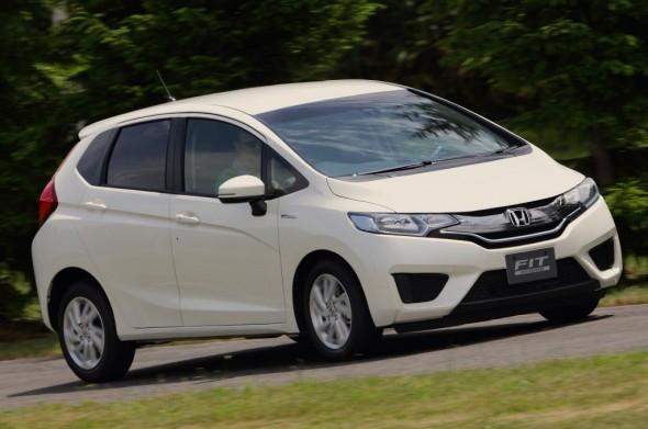 new-honda-fit-hybrid-4
