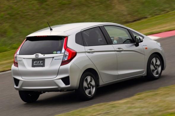 new-honda-fit-hybrid-5