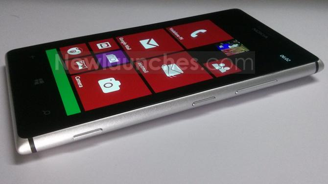 lumia-925-side-1
