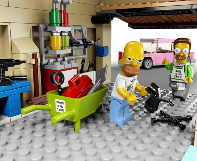 lego-simpsons-house-kit-4