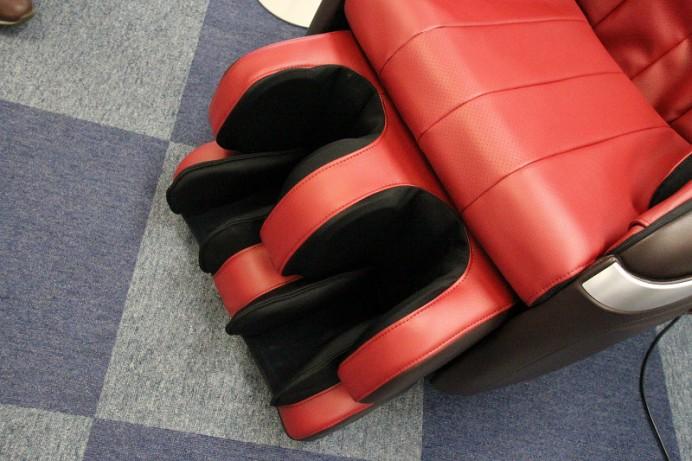 cyber-relaxing-massage-chair-4